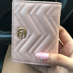 Baby pink Gucci Marmont wallet